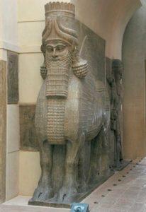 Lamassu, taur sau leu înaripat cu cap de om din cultura sumeriană