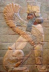 Sfinx înaripat din palatul din Susa al lui Darius cel Mare, din timpul Imperiului Persan (480 î.Cr.)