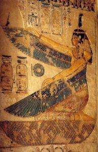 Zeiţa egipteană Maat cu aripile întinse
