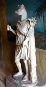 Statuie din marmură albă a zeului Hermanubis, sec. 1-2 d.Cr.