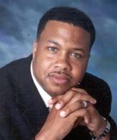 Pastorul Teddy Parker. Nu se cunosc motivele sinuciderii sale.