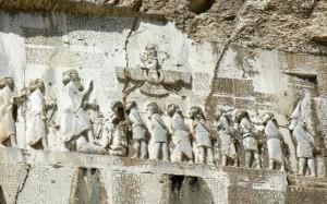 8. Ființă înaripată, uriași și sclavi