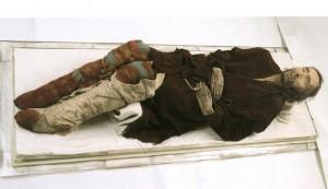 Mumie din Bazinul Turim, care are o vechime de 4000 de ani.